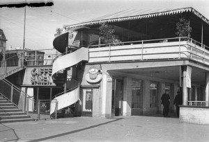 Gula gångens södra entré. Upphov: Hallgren. Spårvägsmuseet. CC: By, Nc