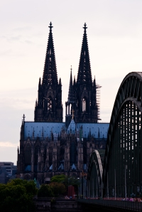 Kölnerdomen och Hohenzollernbron