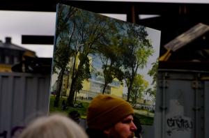 Framför Nobelcentret ska det bli en park med så här fina och höga träd.