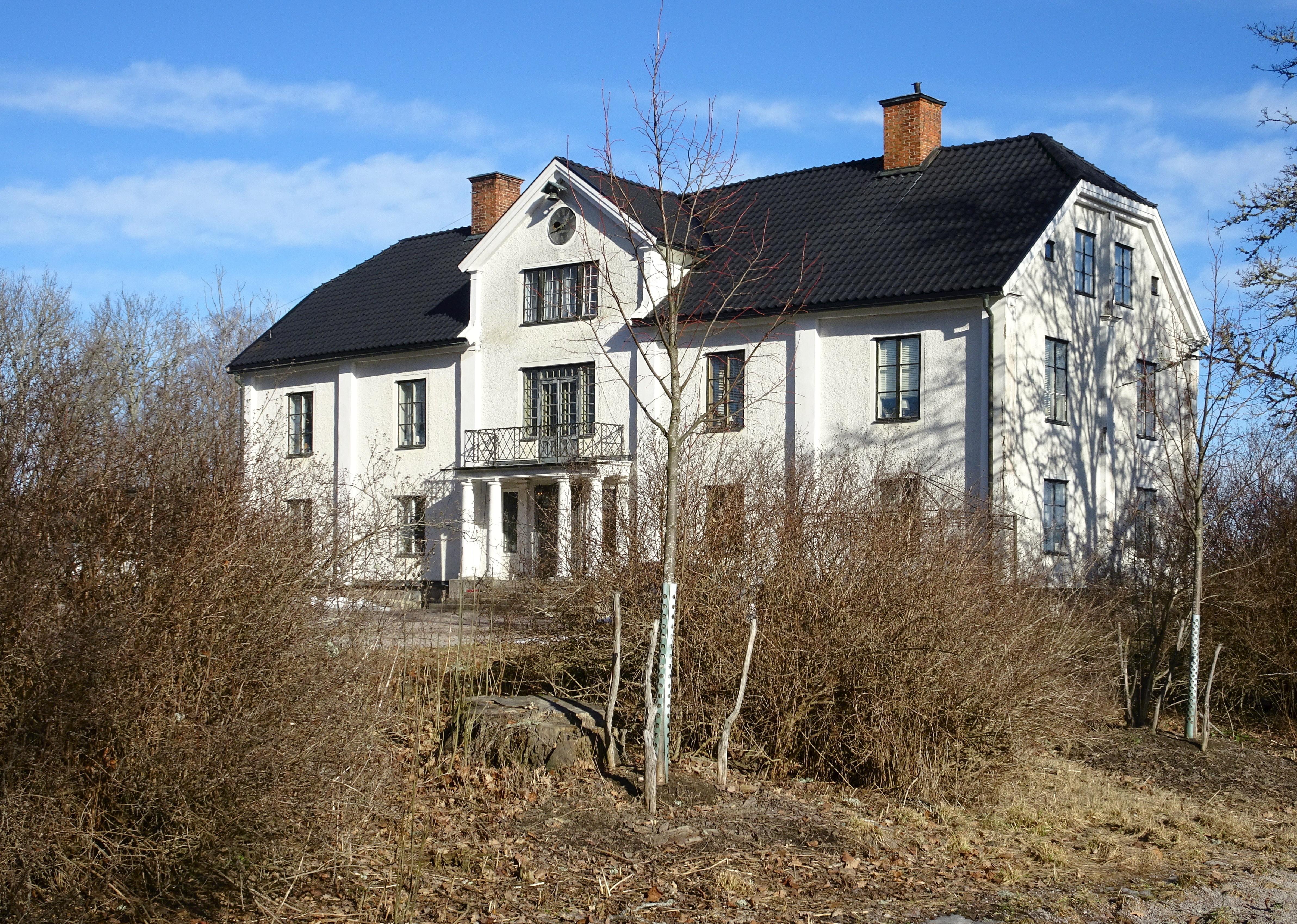 Hässelby_gård,_Uppsala,_mars_2019b